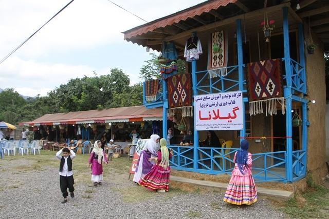 یک کارگاه تولیدی رشتی دوزی در استان گیلان افتتاح شد