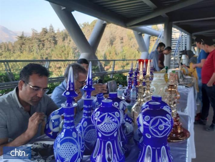 دومین عصرانه صنایع دستی با موضوع تهران شهر آبگینه در پل طبیعت