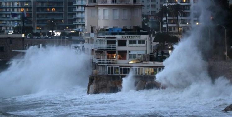 سیل و طوفان در اسپانیا و پرتغال 8 کشته برجای گذاشت