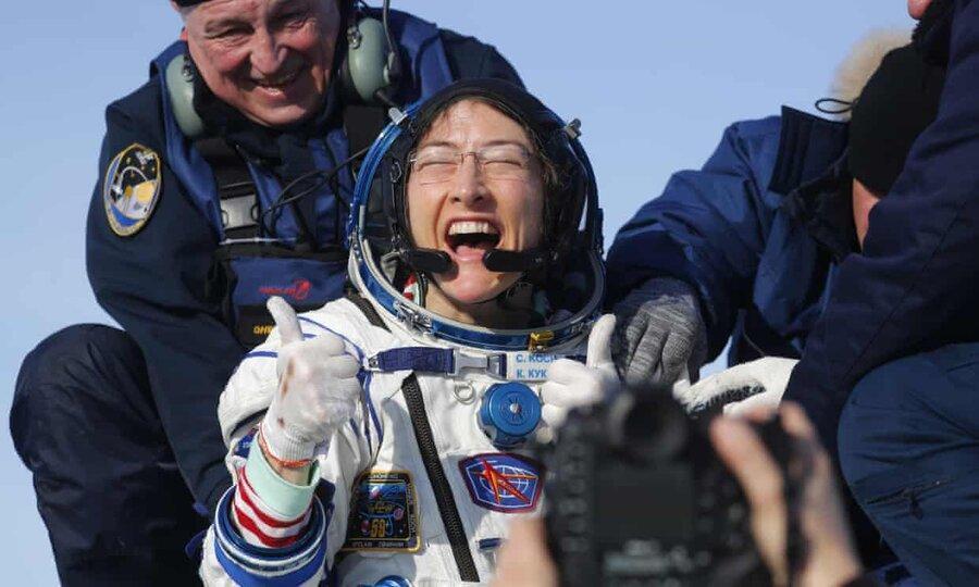 کریستینا کوک پس از شکستن رکورد اقامت زنان در فضا به زمین بازگشت