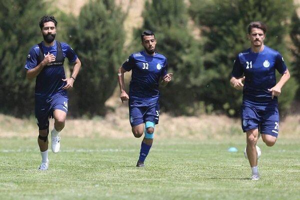 تمرین 100 دقیقه ای تیم استقلال در روز عید