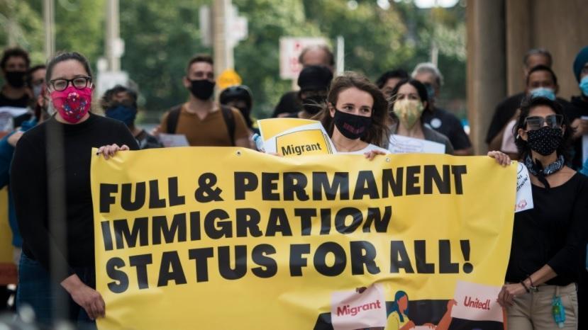 دانشجویان بین المللی خواهان تغییر قوانین مهاجرت کانادا در دوره پاندمی شدند