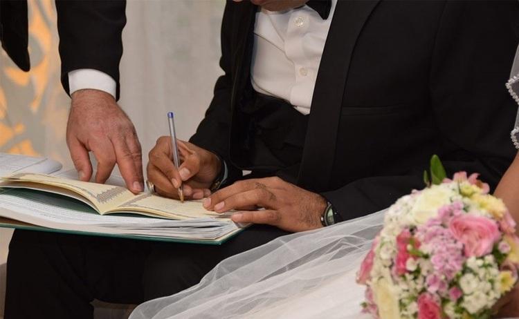 مشتاقان سینه چاک ازدواج در رُند ترین تاریخ