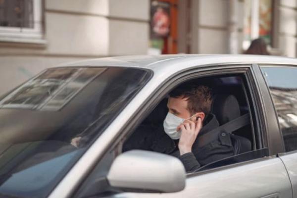 مصرف ماسک در خودروی شخصی ضرورتی ندارد