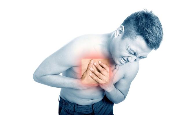 علت احساس سنگینی در قفسه سینه چیست؟